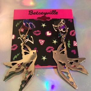 Swallow bird gold earrings vintage Betsey Johnson